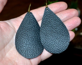 Black Genuine Leather Teardrop Earrings, Large Teardrop Leather Earrings in Black color, large Treetop Leather earrings