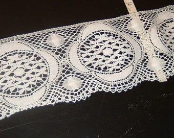 "6"" wide WHITE cluney cotton lace trim 5 yds (745)"