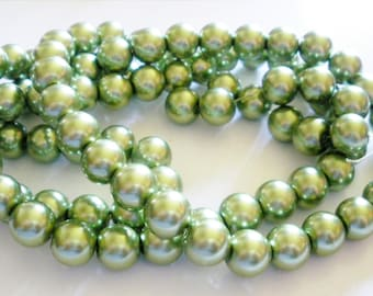 50 green 10 mm Pearl glass beads