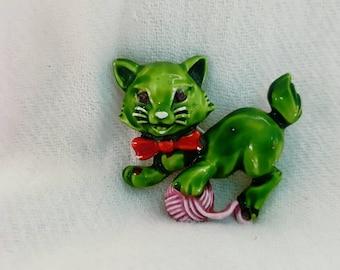 Vintage JJ Cat Brooch, Cat Pin, Cat Jewelry, Vintage Pin, Vintage Jewelry, Green Cat, JJ Jonette, Cat Lover, Enamel Cat with yarn, Epsteam