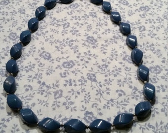 SALE - 1980s Beaded Necklace - Blue - SALE