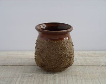 "Vintage 70's Pottery Planter ~ 70s Ceramic 5"" Vase ~ Textured 1976 Studio Handmade Stoneware Art ~ Retro Vessel Container Flower Pot"