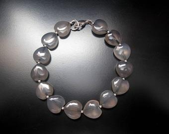 Gray Agate Heart Bracelet, Agate Heart Beads, Sterling Silver Round Beads, Gray Bead Bracelet, Heart Bracelet, Gray Agate Jewelry