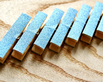 Glitter pegs, 8 pcs, Wedding pegs, Wedding clothespins, Glitter clothespins, Bridal party decoration, Blue party decorations,