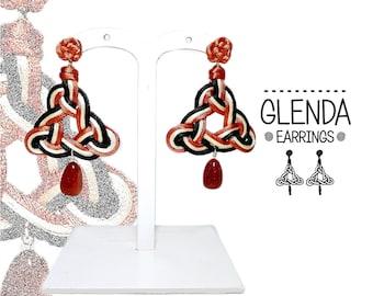 Glenda 3 Earrings. Glenda Earrings. Ear rings triangle. Lightweight earrings. Warm colors. Earth colors