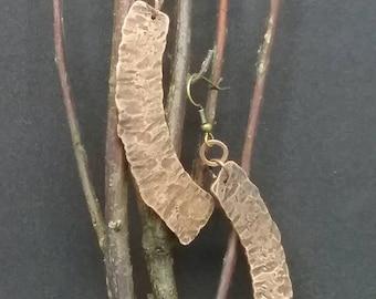 Curved copper earrings