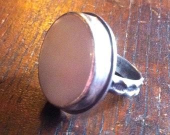Sterling Silver and Mother of Pearl Cabochon Ring