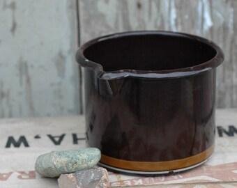 Vintage enamelware Braun & Kemmler measuring cup, small pot, brown and tan striped, pour spout, candle making, melting pot, country kitchen