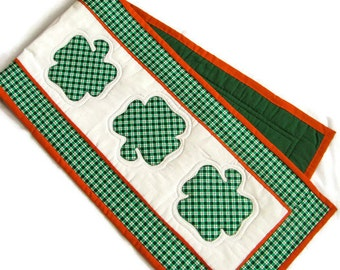 St. Patrick's Day Quilted Table Runner, Shamrock Table Runner, Irish Quilted Runner, Quilted Table Linens, Irish Items, Appliqued Shamrock