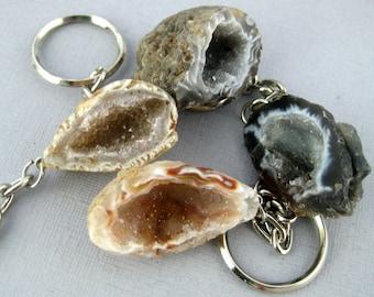 Agate Geode-- Agate Geode Keychain- Natural Agate Geode Druzy Drusy Keychain (RK3-B8-04)
