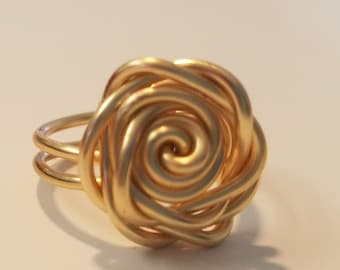 Rose ring, wire ring, gold ring