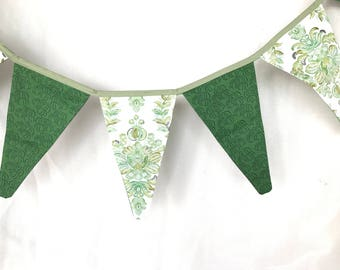 Green Autumn banner/garland/Fall Banner/Harvest Banner/Cottage Banner/Pumpkin Garland