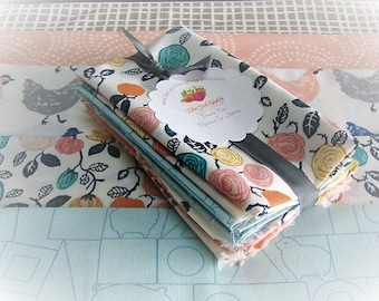 Fabric Bundle | Quilters Fat Eights | Birch Organic | Jay-Cyn | 5 Medium Prints | Eye Spy Quilt | Hens -  Clouds - Weave - Farm Animal Block