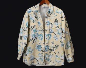 80's oversized boyfriend shirt // vintage DENIM FLORAL slouch shirt // pale yellow grunge // women's size M