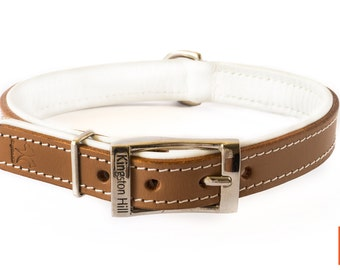 Classic brown leather Collar