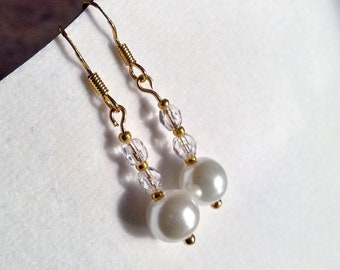 22k Gold pearl earrings with sweet crystals