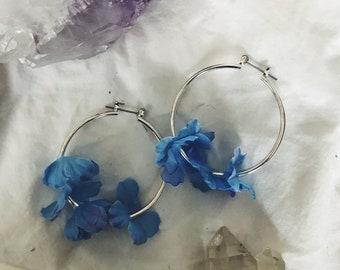 medium silver and blue garden goddess hoops