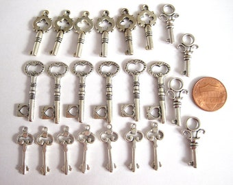 Key Charms Antique Silver Tone Double Sided, Skeleton Key Pendant Charms, Jewelry Supplies, Jewelry Findings, 23 pcs