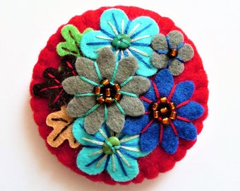 Japanese Art Inspired Free form Embroidery Handmade Mini Felt Brooch - red