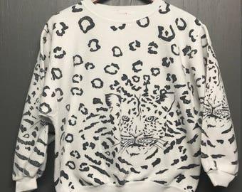 Women's M vintage 80s all over print Leopard reverse sweat shirt