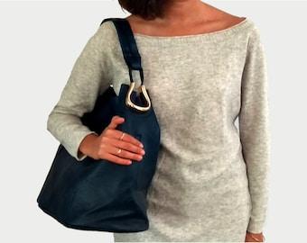 Blue Tote Purse, Large Vegan Shoulder Purse, Everyday Minimalist Bucket Purse, Vegan Purse Gift, Faux Leather Purse Chic and Trendy Purse