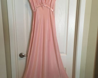 Exquisite Pink - Peach Rayon & Lace Nightgown Negligee - Trousseau by Terris size 34