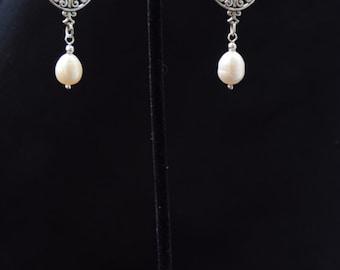Silver Earings with 9 mm Teardrop Pearls