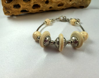 Boho Bracelet    Cream Howlite and Silver Bracelet   Layering Bracelet Stacking Bracelet   item 972