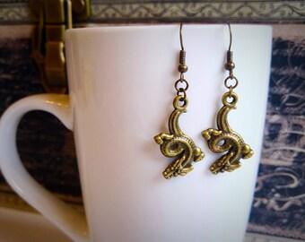 Bronze drachenohrringe, Fischhaken, Geschenk für sie, Weihnachts Mitbringsel von Felicianation