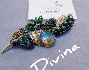 Feather brooch  by Divina