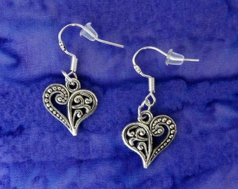 50% SALE Silver Heart Earrings.Antique Silver Filigree Heart Earrings.Heart Dangle Earrings.Valentines Day Jewelry.Valentines Gifts For Her