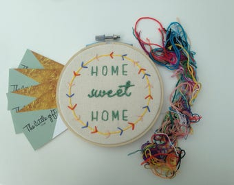 Home Sweet Home - 5 inch embroidery hoop - wall hanging