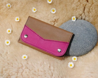 Tobacco pouch in leather taupe and pink