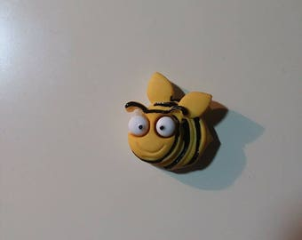 Bumble bee  needleminder