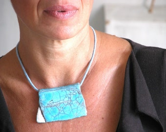 necklace with turquoise crakle glazed pendant