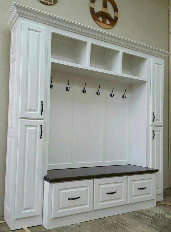 Mudroom Storage Uk : The philadelphia mudroom lockers bench storage furniture