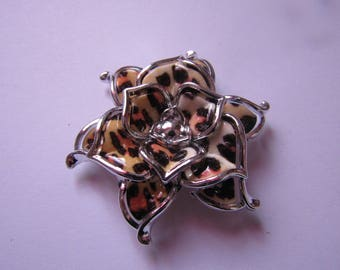 silver flower bead and animal pattern 50mm in diameter