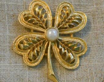 Vintage clover brooch - Gerry's