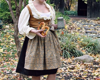 Costume, Adult Ladies German Folk Dirndl Oktoberfest Hobbit Garb CUSTOM ORDER
