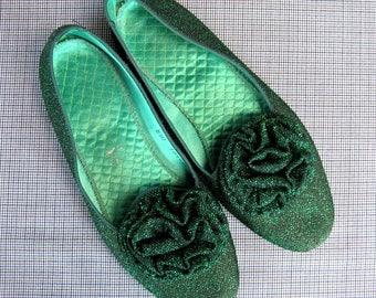 Vintage 1960s Slipper Shoes 60s Daniel Green Metallic Green Boudoir Slippers with Pom-Pom Size 8M