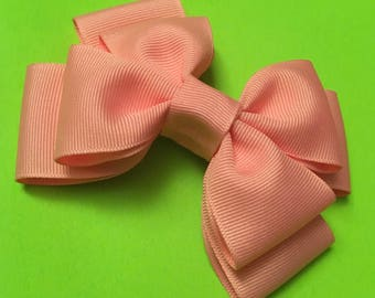"""Double layered hair bow in """"Bubble Gum"""""""