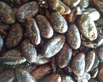 Roasted Cocoa Beans, Cacao Beans roasted Dominica Chocolate