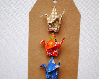 Origami crane gift tag - traditional Japanese washi paper