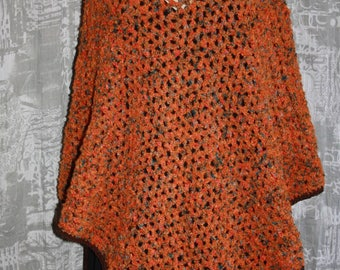 curly wool poncho size 38/44