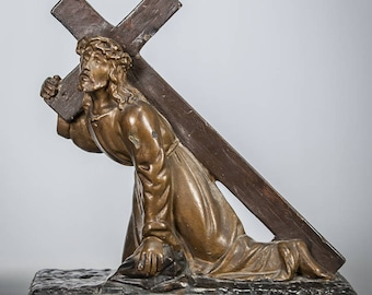 "Christ Carrying the Cross Statue | Jesus Figure | Antique Plaster | 10"" Large"