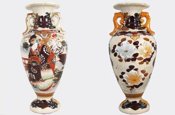 Vintage hand painted Japanese Satsuma earred urn vase flowers and geisha ceramic / pottery / Asian / Oriental / Japan / moriage