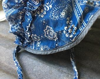 Vintagw handmade womans farmhouse garden bonnet