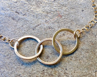 Gorgeous 14kt gold fill circle trio necklace
