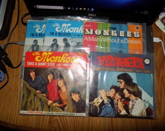 Vintage Lot of The Monkees 45 Records produced By Colgems Records Dated 1966 See Pics