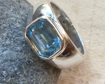 Blue Topaz silver ring, Silver Blue Topaz ring, December Birthstone Ring, Blue topaz ring, Ring size 6.5, Topaz silver ring, Gift for her,